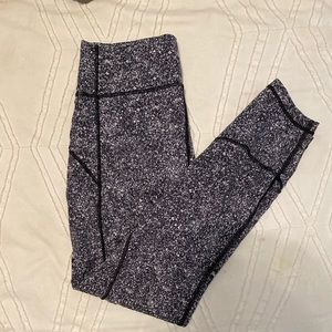Lululemon speckled leggings! Black and white!